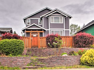 NEW! Family Home 1 Mile from UW Tacoma & Downtown!