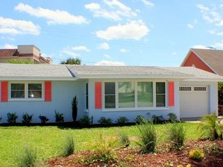 Spacious 3 BR Pool home 1 block to beach