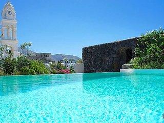 3 bedroom Villa in Megalochori, South Aegean, Greece : ref 5637163