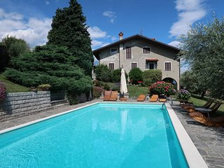 2 bedroom Apartment in Domaso, Lombardy, Italy - 5436660