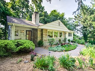 NEW! Hendersonville Home w/Patio Mins to Nantahala