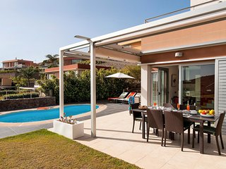 2 bedroom Villa in El Salobre, Canary Islands, Spain : ref 5636566