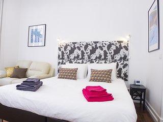 LV Premier Chiado Apartments-  CH9