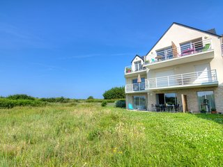 3 bedroom Apartment in Quiberon, Brittany, France : ref 5036738