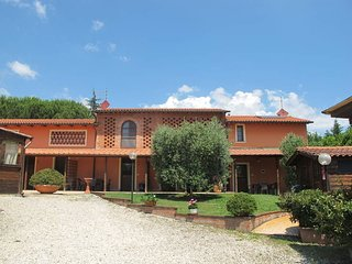 3 bedroom Apartment in Orentano, Tuscany, Italy : ref 5447292