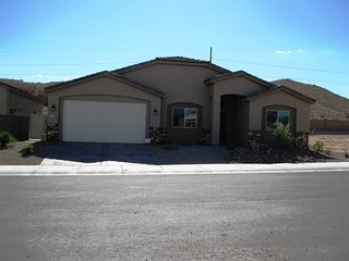 4 Bedroom home in Mesquite #397