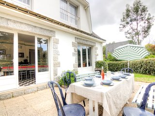 4 bedroom Villa in Carnac, Brittany, France : ref 5026473