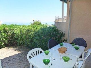 3 bedroom Villa in Saint-Pierre-sur-Mer, Occitanie, France - 5050455