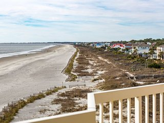 Chas. Oceanfront Villas 423 - Southern Breezes