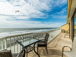 Chas. Oceanfront Villas 421 - Atop Folly