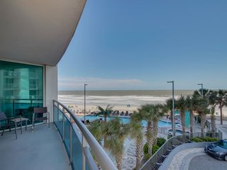 208 Oceans One Resort