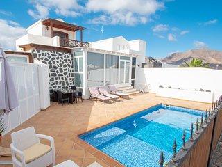 Villa moderna con piscina privada *Lizard Complex