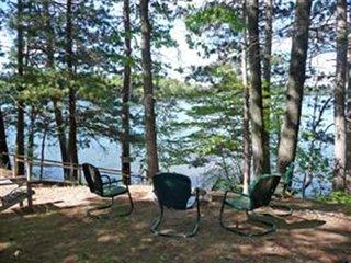 Tomahawk Lake Cabin