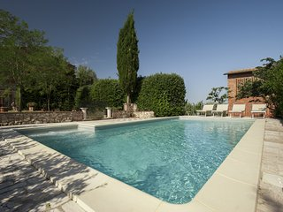 Agritourism close to Siena with Pool