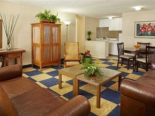 Ewa Hotel Waikiki #809