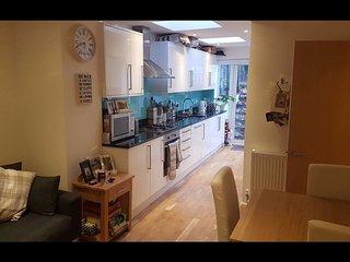 Homey 2 Bedroom Flat with Garden in Brixton