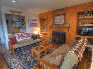 Sugarbush Snowside Condo 14