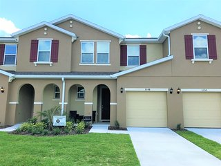 5148 Crown Haven Dr Townhouse