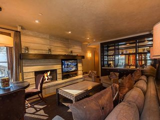 Platinum Slopeside Mountain Retreat-5 Bedrooms - Vail's nicest rental