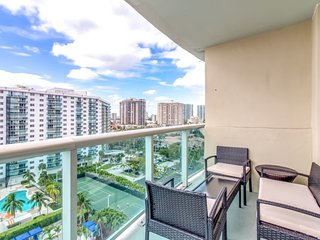 Spacious 2BR  with Bayview * Ocean Reserve