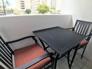 Kuhio Village Condominium 410A