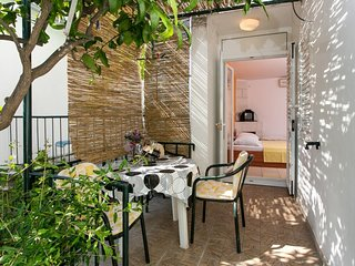 Apartments Djurkovic - Studio Apartment with Balcony and Garden View
