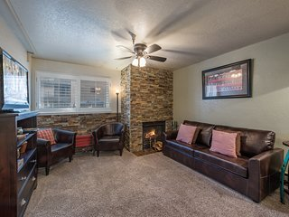 Cozy Carriage House Condo