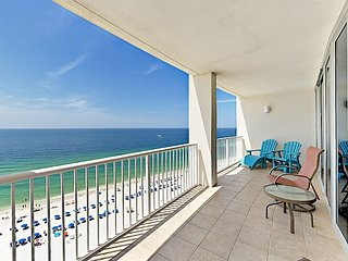 15th-Floor Gulf Coast Corner-Unit w/ 2 Balconies - Infinity Pool & Sauna