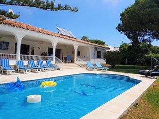 Villa Casa Milagro Beautiful 8 bed villa in marbella