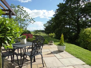LOW VIEW MEADOW KIRKBY LONSDALE,FREE GYM,POOL,SAUNA,SLEEPS 4