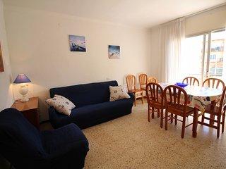 2025-POETA MARQUINA Apartamento con 3 dormitorios