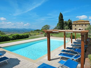 2 bedroom Apartment in Volterra, Tuscany, Italy : ref 5446585