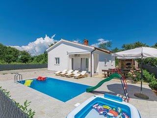 4 bedroom Villa in Nedeščina, Istria, Croatia : ref 5551709