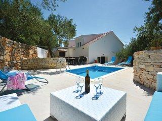 3 bedroom Villa in Fistanici, Splitsko-Dalmatinska Zupanija, Croatia : ref 55742
