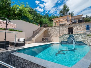 4 bedroom Villa in Mandelieu-la-Napoule, Provence-Alpes-Côte d'Azur, France : re