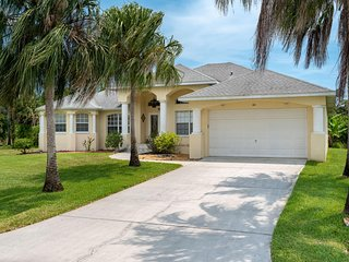 Luxurious 4 bedroom, with 2 master suites, 4 baths, heated pool and spa home loc