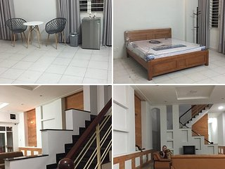 Spacious Luxury House For Holiday Rentals / Whole House