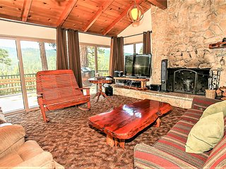 ~Scenic Retreat~Relaxing Mountain Chalet~Close To Town~