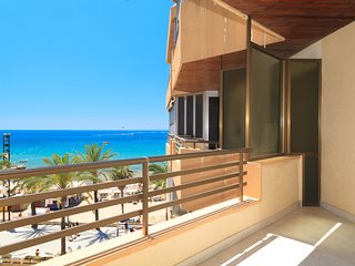 CAPOTE 079: Lovely beach apartment with spectacular sea views in Salou center!!