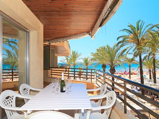 UHC CAPOTE 337:Very nice apartment at the complex on a first line of Salou beach