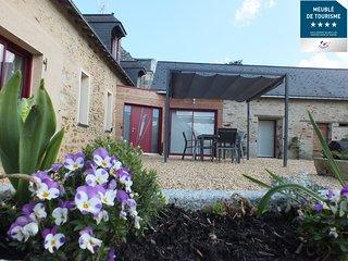 Gite 'La Pinstrie' - Maison de vacances avec piscine 6-10 personnes
