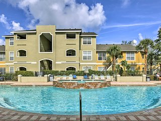 NEW! Modern Clearwater Condo w/Patio & Pool Access