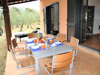Stazione di Itri Villa Sleeps 6 with WiFi - 5818906