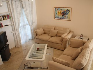 BEAUTIFUL TOWN HOUSE WITH AIR CONDITIONING IN SECURE, GATED URBANISATION