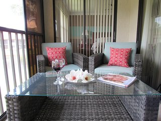 Elegant 2BR Condo. 1 Mile from IMG Academy/Mins to Beaches & Anna Maria Island