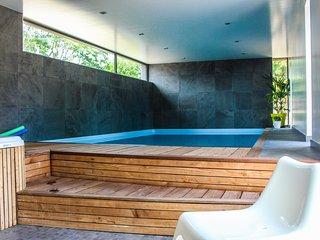 gite 300M2 12 personnes SPA et piscine intérieurs à 10 min de la mer, près forêt