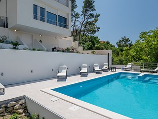 Luxary Villa Graf with pool and beautiful view