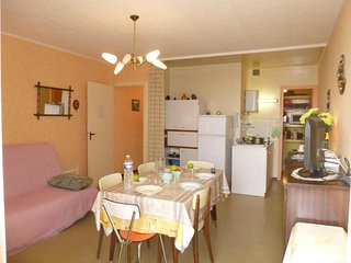 Rental Apartment Saint-Hilaire-de-Riez, 2 bedrooms, 4 persons