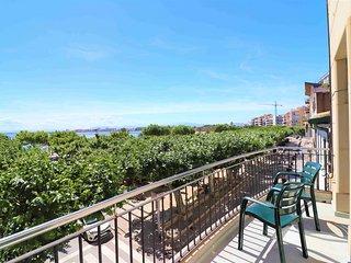 Apartamento en 10 linea  de playa en Roses  en alquiler-PC MIGJORN