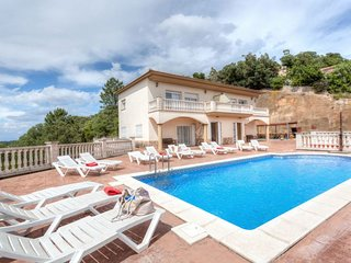 8 bedroom Villa in Santa Ceclina, Catalonia, Spain - 5698069